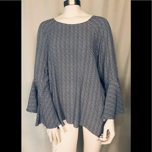 LC Lauren Conrad bell sleeve high low tunic